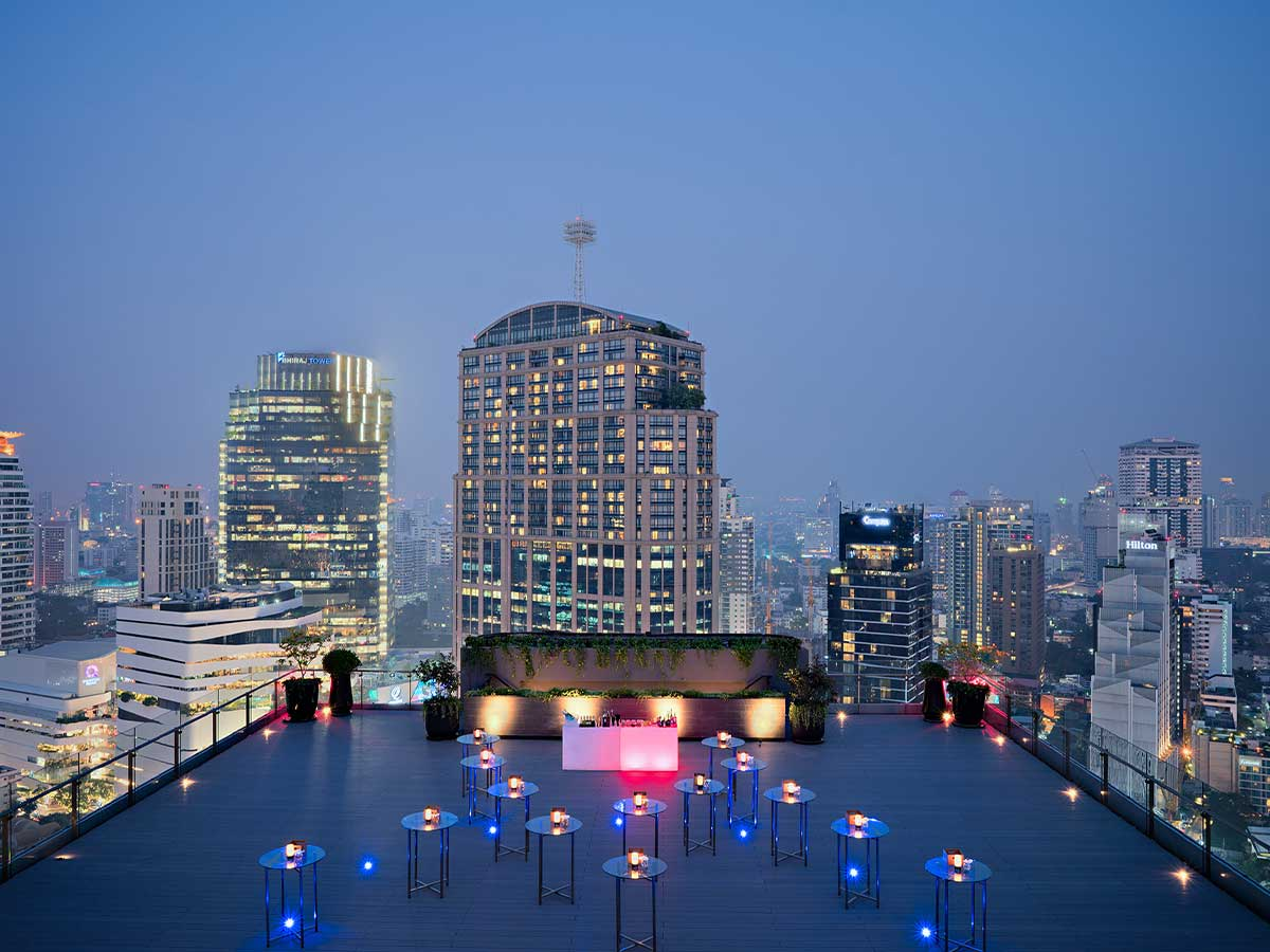 Bangkok-Marriott-Marquis-Queens-Park-sky-garden