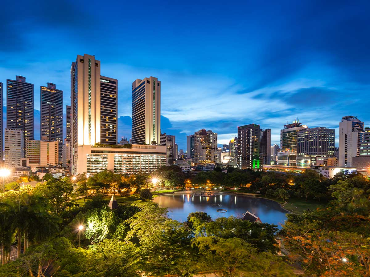 Bangkok-Marriott-Marquis-Queens-Park-external