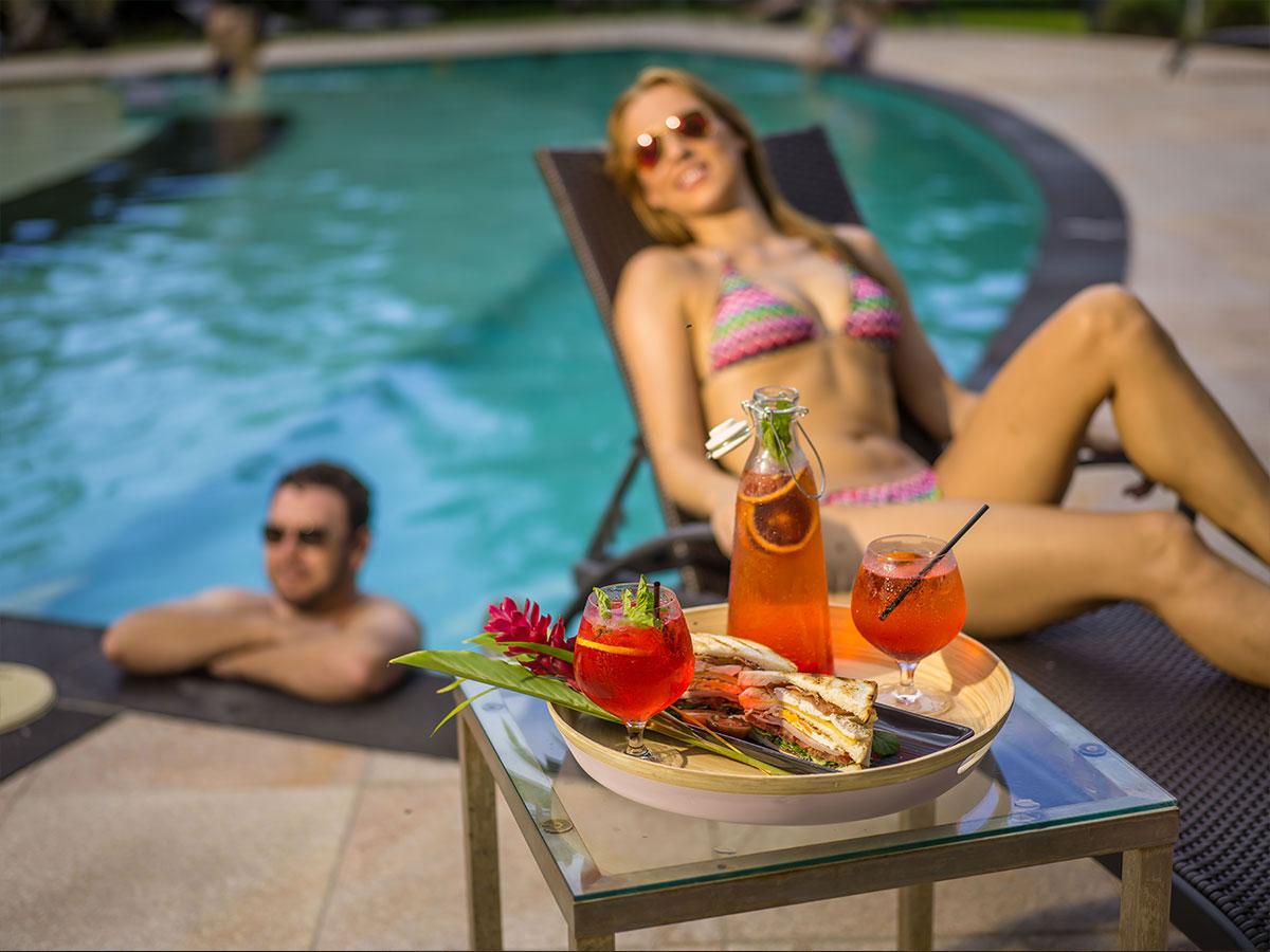 Paradise-Palms-Resort-pool