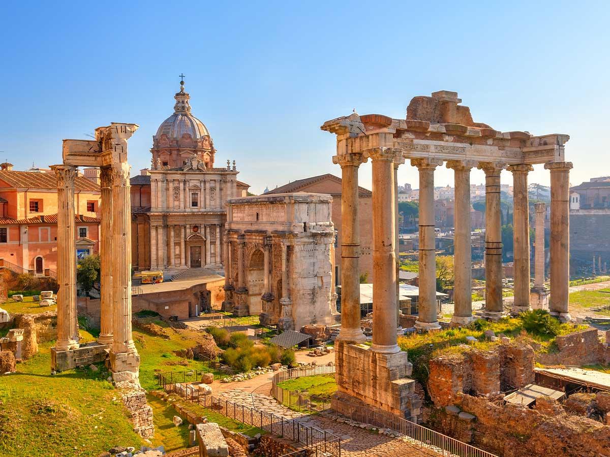 Rome-ruins-Italy