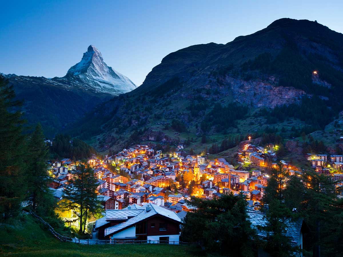 Swiss-Alps-Mount-Matterhorn-and-Zermatt