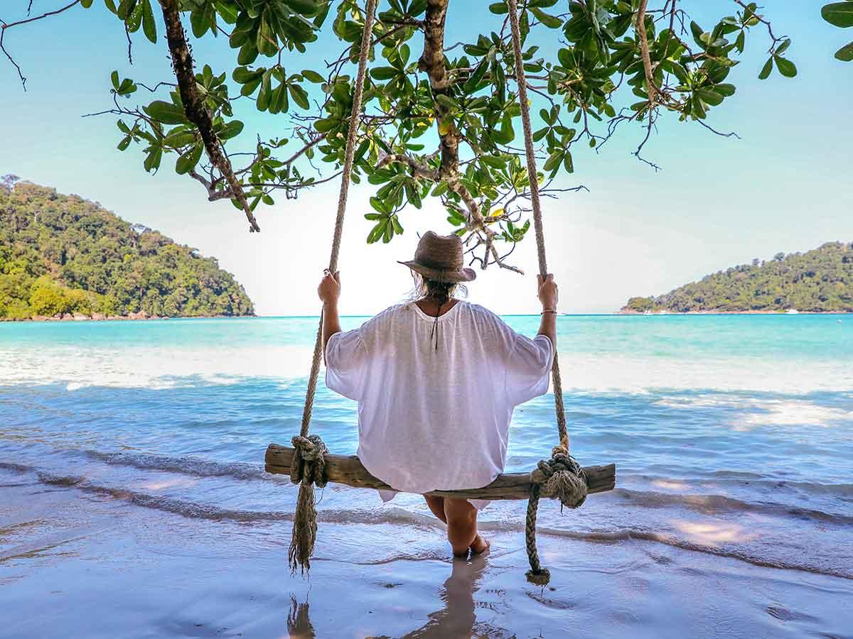 thailand-beach-swing