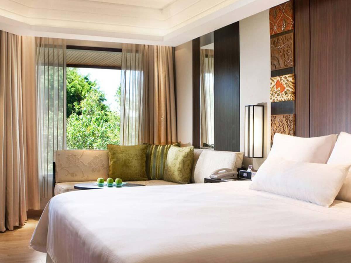 Westin-Resort-Nusa-Dua-deluxe-pool-view