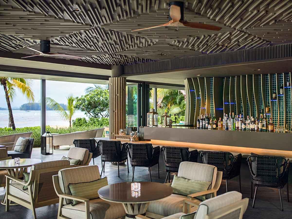 Phuket-Marriott-Resort-Spa-Nai-Yang-Beach-bar