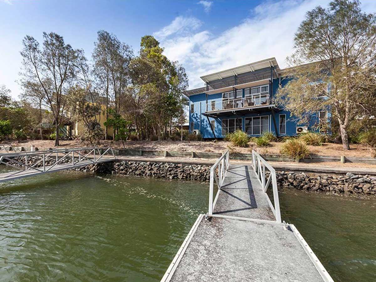 Couran-Cove-Island-Resort-4-bedroom-broadwater-villa