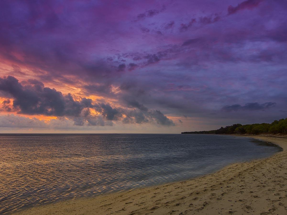 Sheraton-New-Caledonia-Deva-beach-sunset