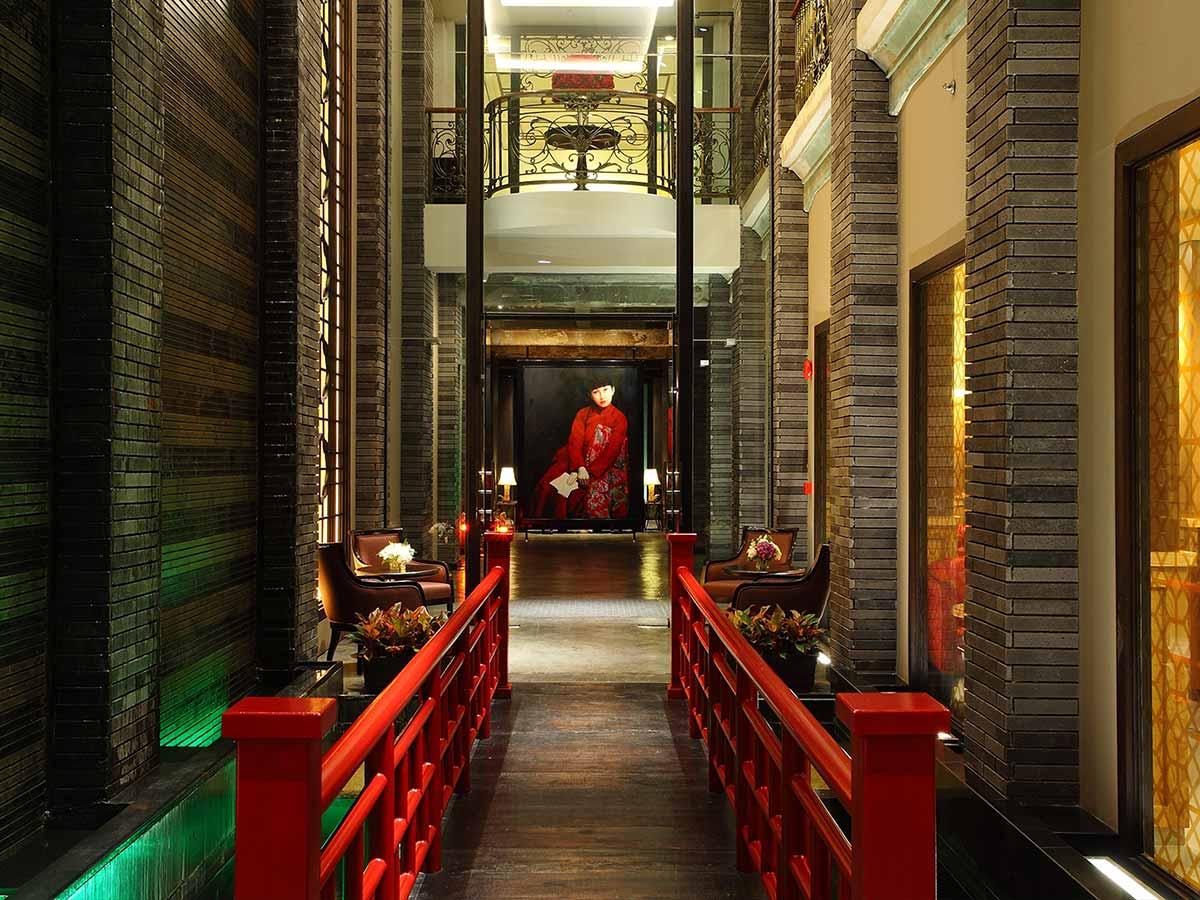 Shanghai-Mansion-Bangkok-entry
