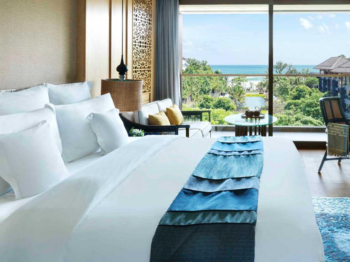 Hotel-Indigo-Bali-Seminyak-Beach-sea-breeze-room