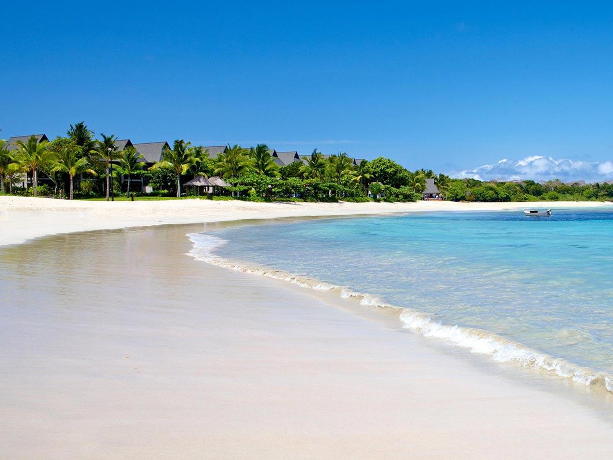 InterContinental-Fiji-beach