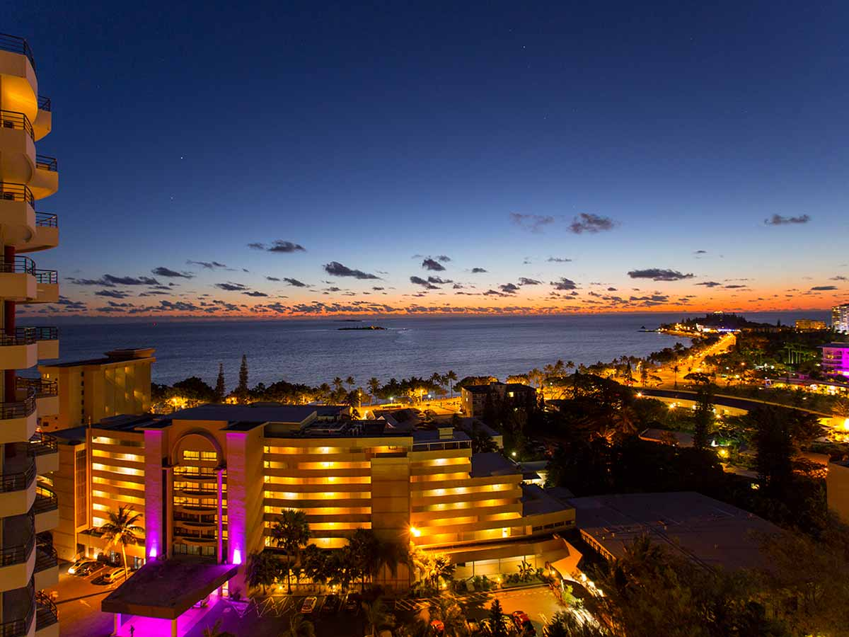 Ramada-Noumea-Hotel-Suites-night-view