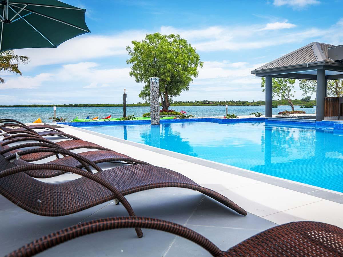 Fiji-Hideaway-Resort-&-Spa-Vuda-swimming-pool