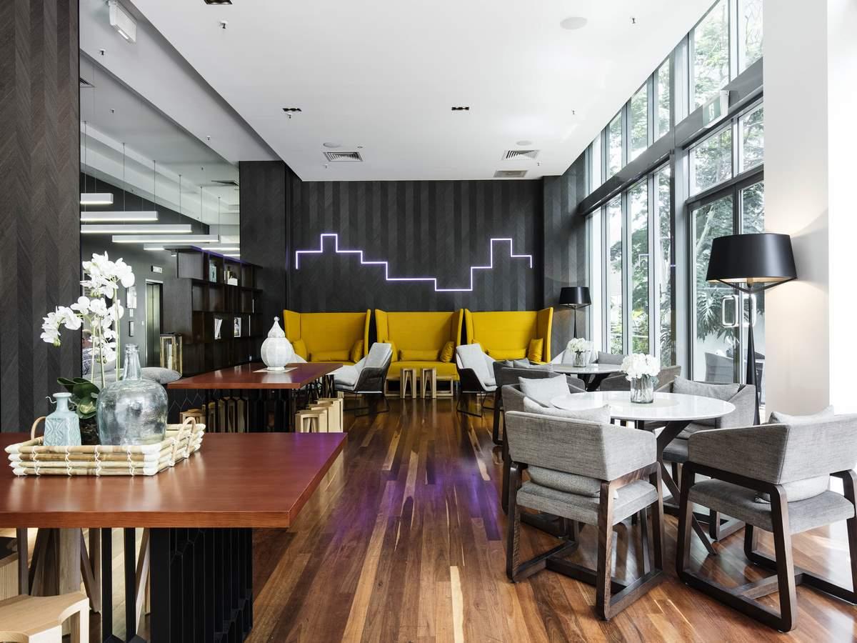Novotel Brisbane GourmetBar Interior