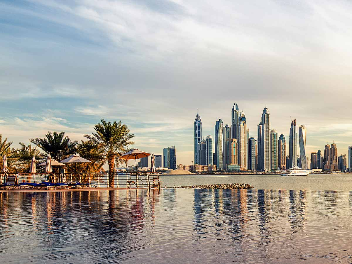 dubai-skyline-water