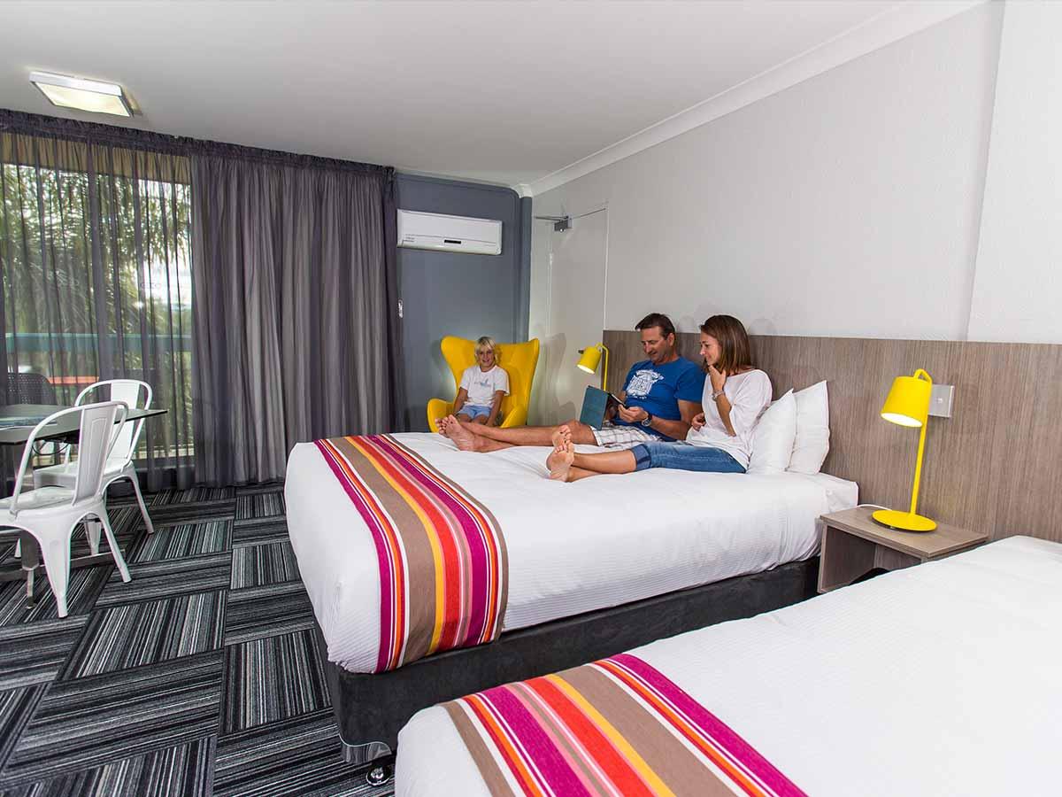 Paradise-Resort-Gold-Coast-Superior-Room