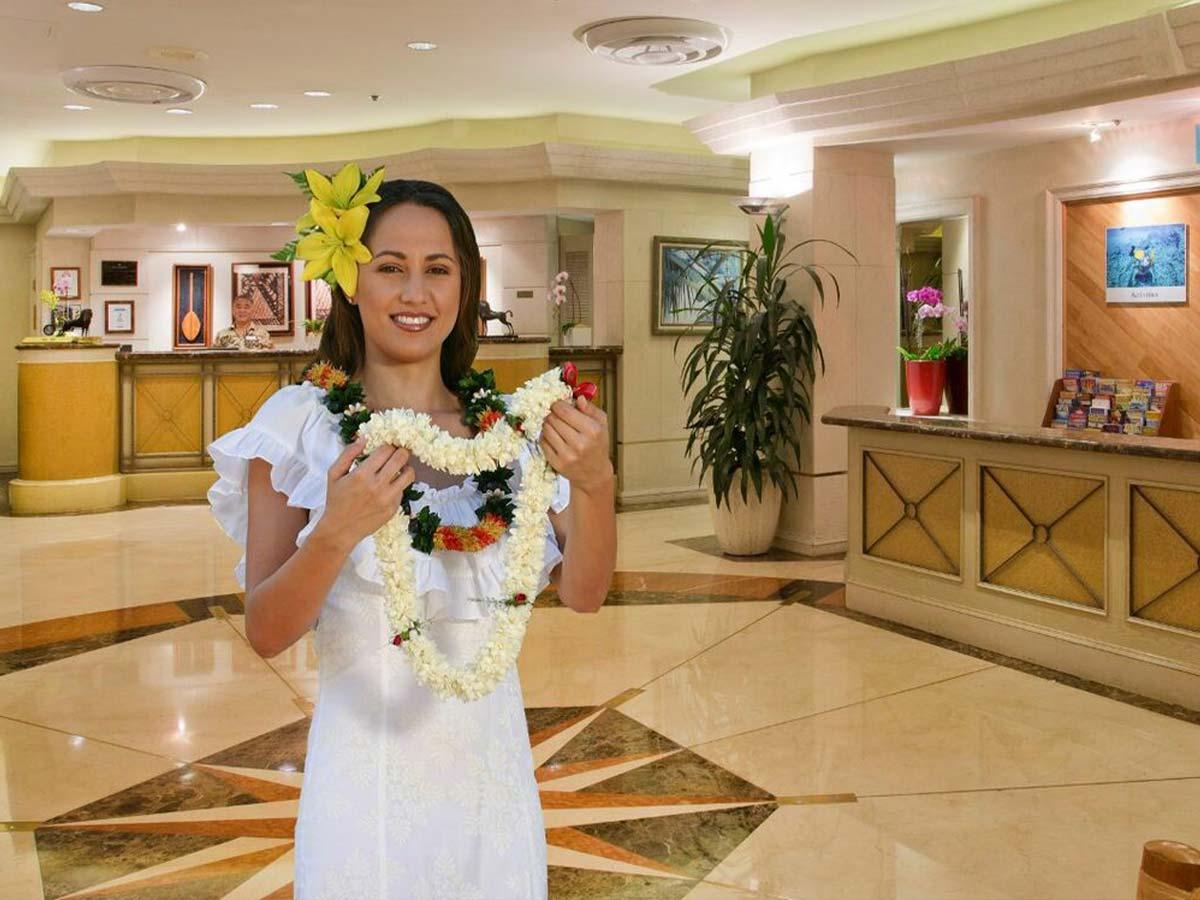 Ramada-Waikiki-greeting
