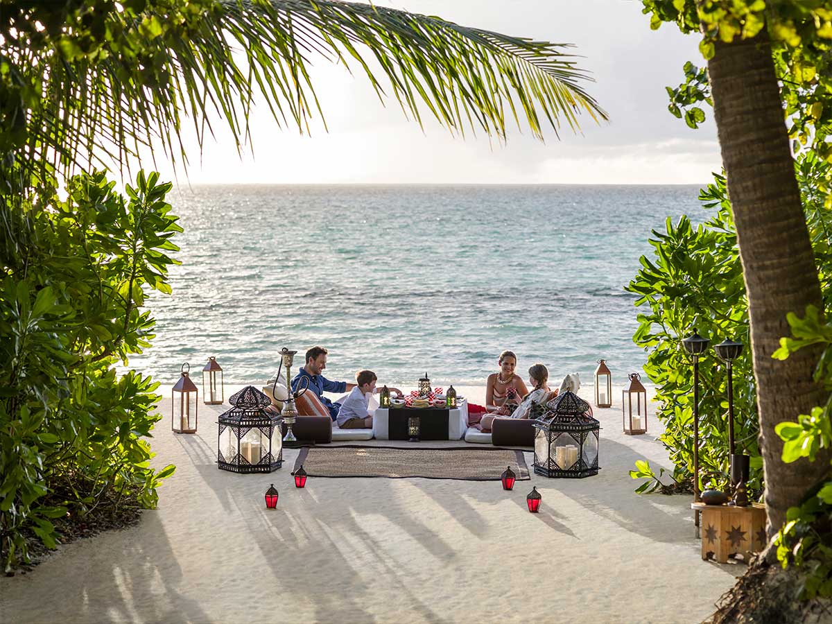 Shangri-La-Villingili-Maldives-arabic-dine-by-design