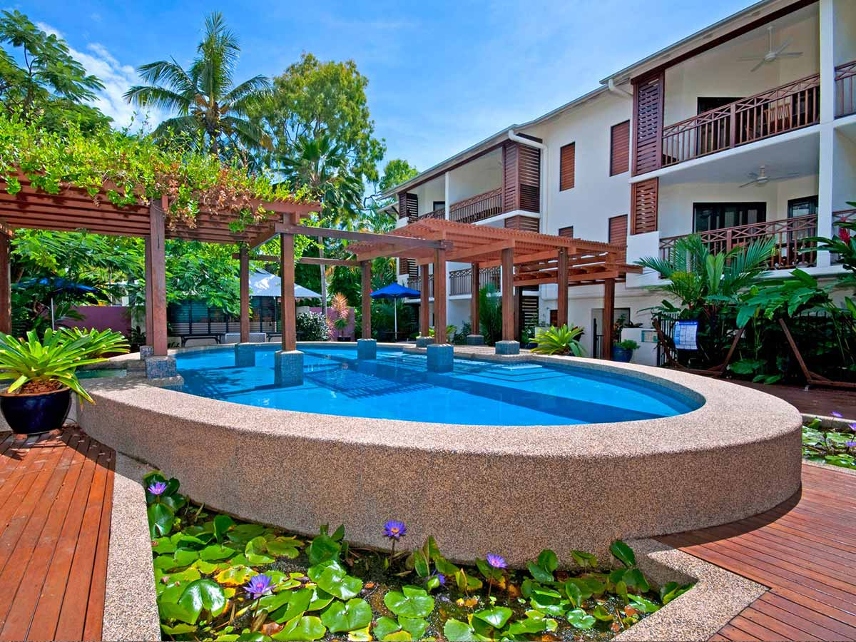 Freestyle-Resort-Port-Douglas-pool2