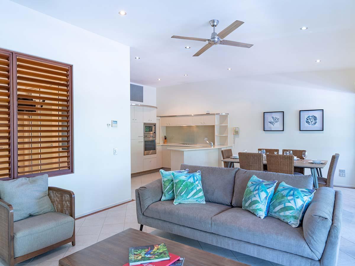 Saltwater-Luxury-Apartments-Port-Douglas-living-area