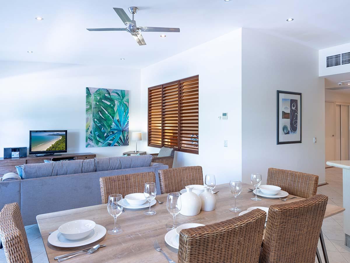 Saltwater-Luxury-Apartments-Port-Douglas-lounge