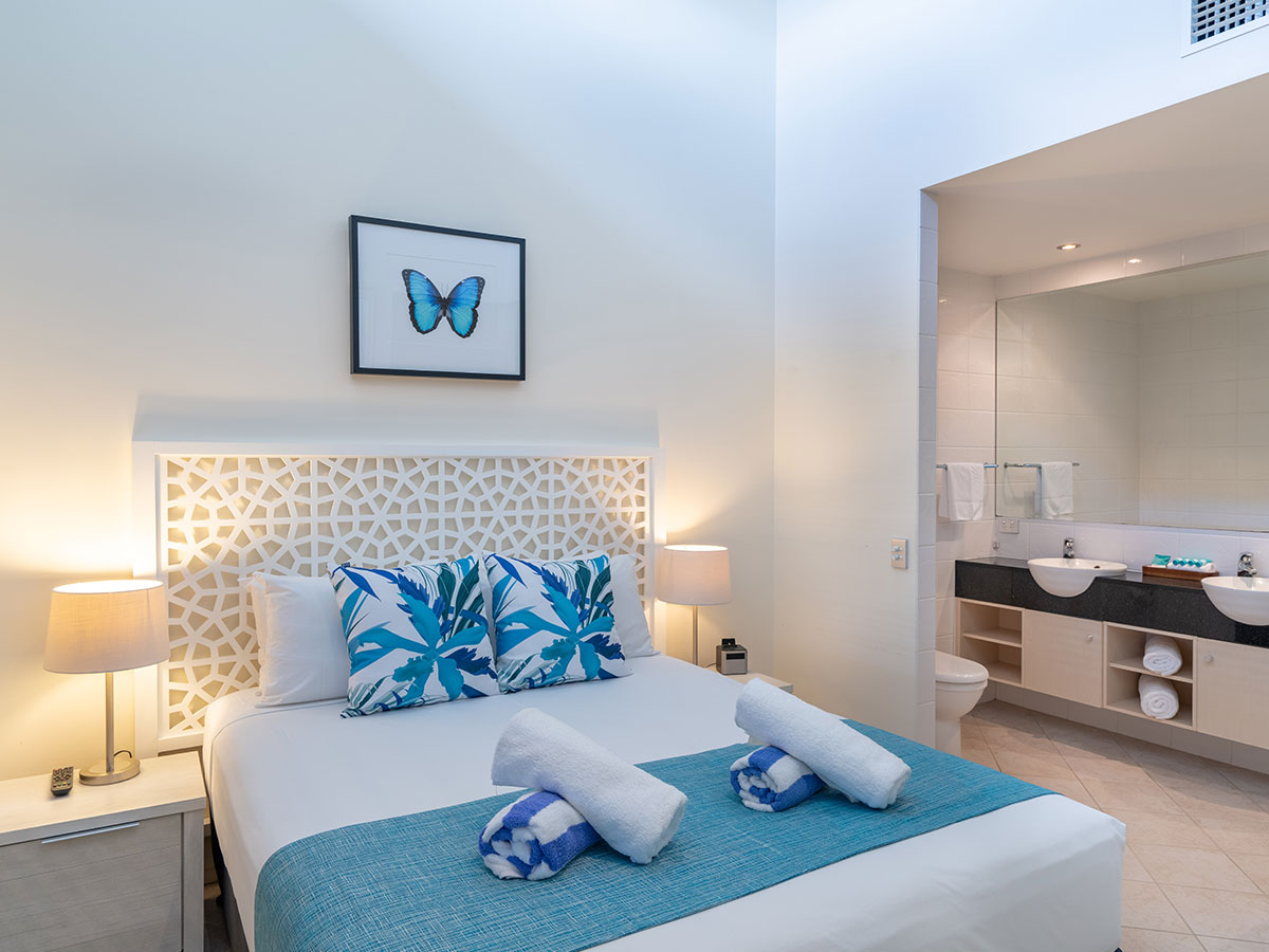 Saltwater-Luxury-Apartments-Port-Douglas-1-bedroom-luxury-apartment