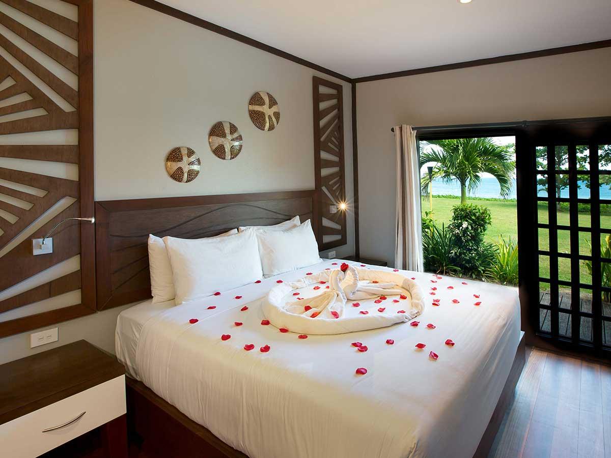 Yatule Resort & Spa beachfront bure