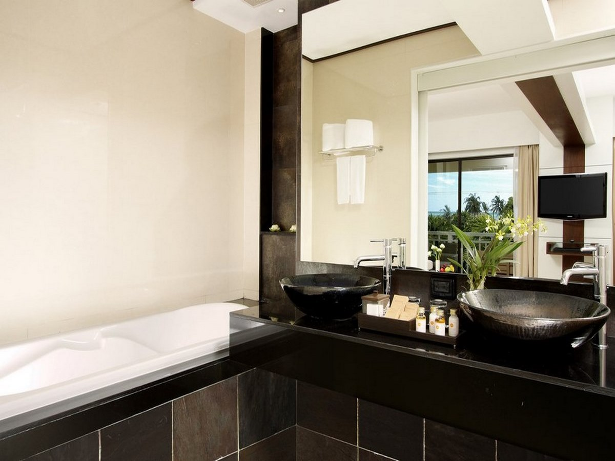 Cape-Panwa-Hotel-Cape-Suite-Bathroom