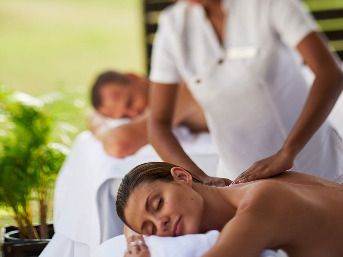 Hilton Fiji Beach Resort Spa massage