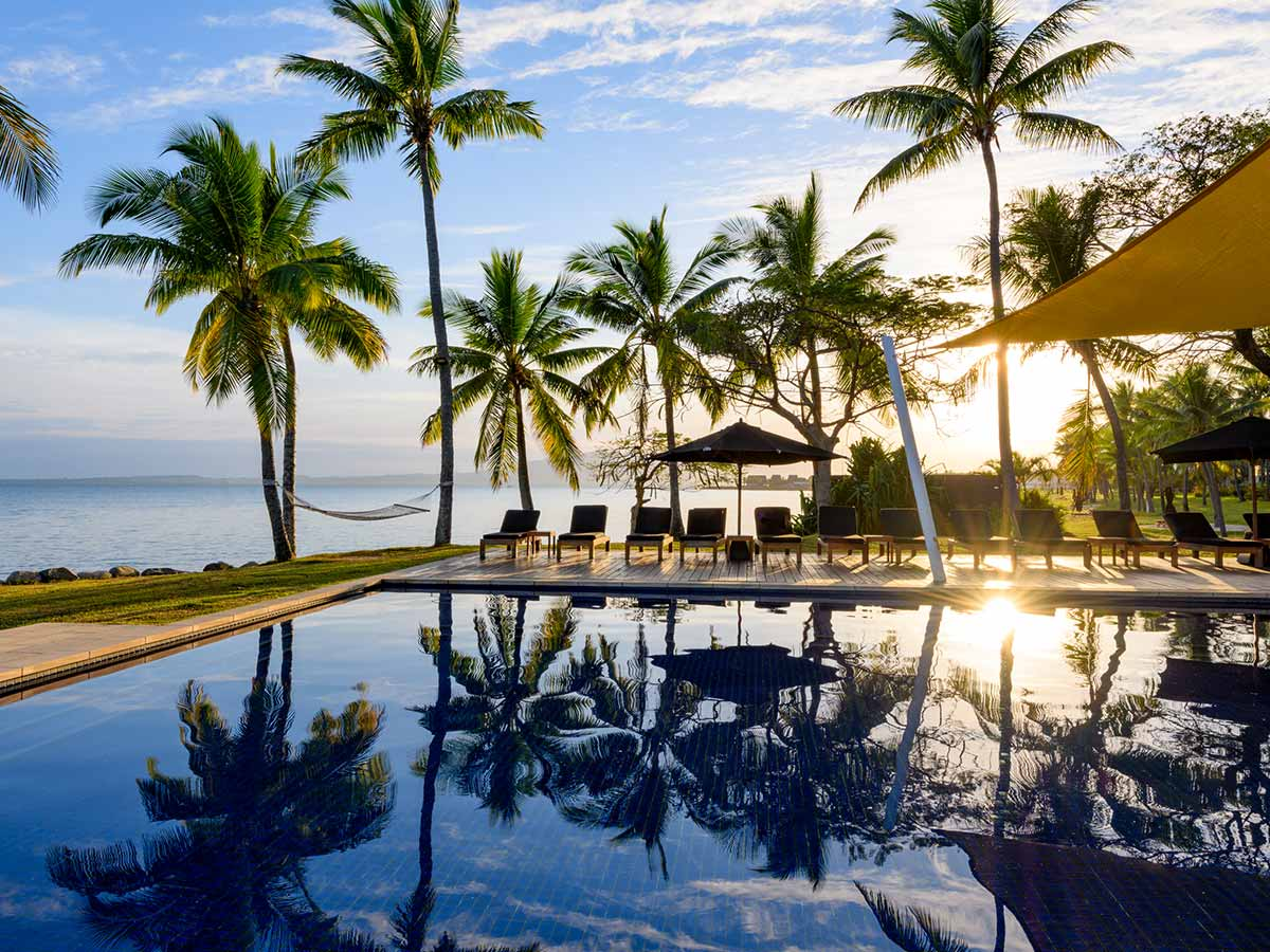 Hilton Fiji Beach Resort Spa pool side