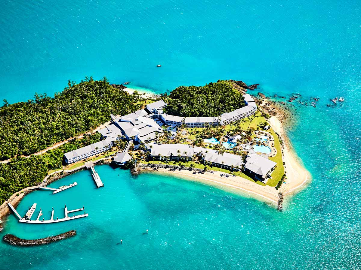 daydream-island-resort-and-spa-aerial