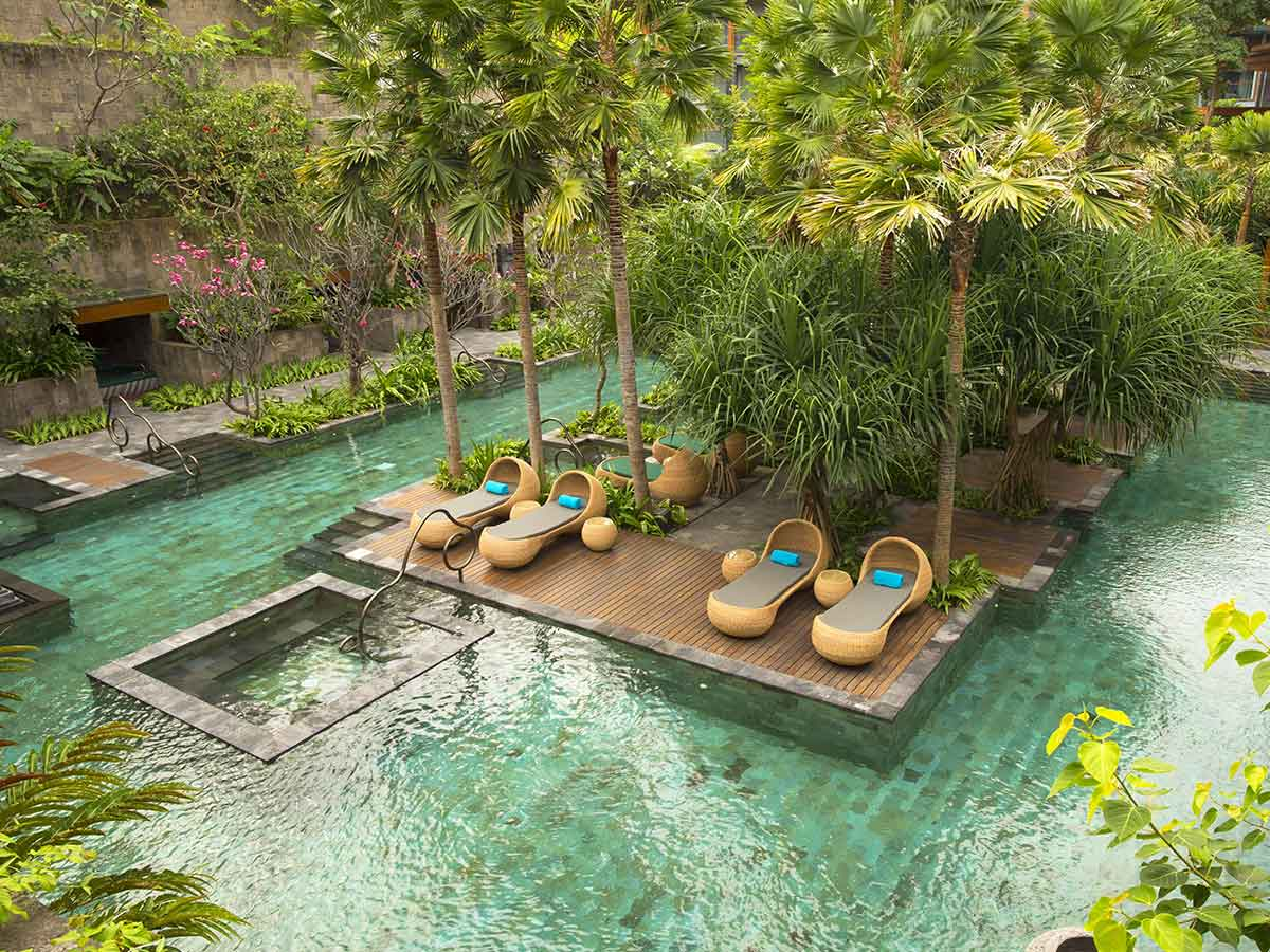 Hotel-Indigo-Seminyak-secret-garden-pool