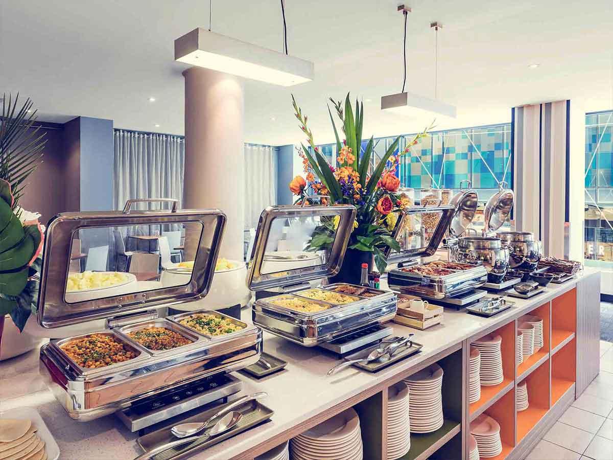 mercure-welcome-melbourne-buffet