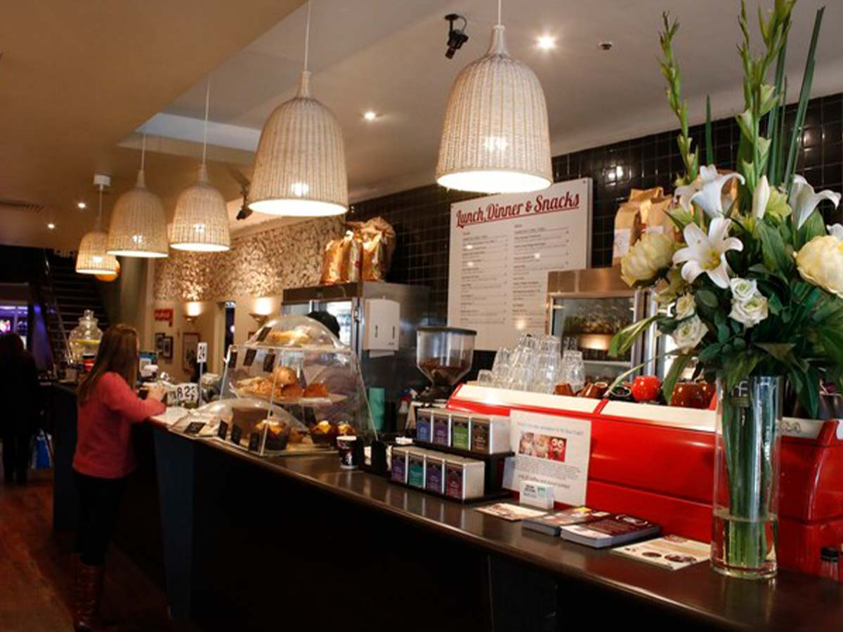 mercure-welcome-melbourne-cafe